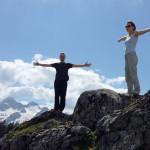 Wanderer - genießen die herrliche Loferer Bergwelt.
