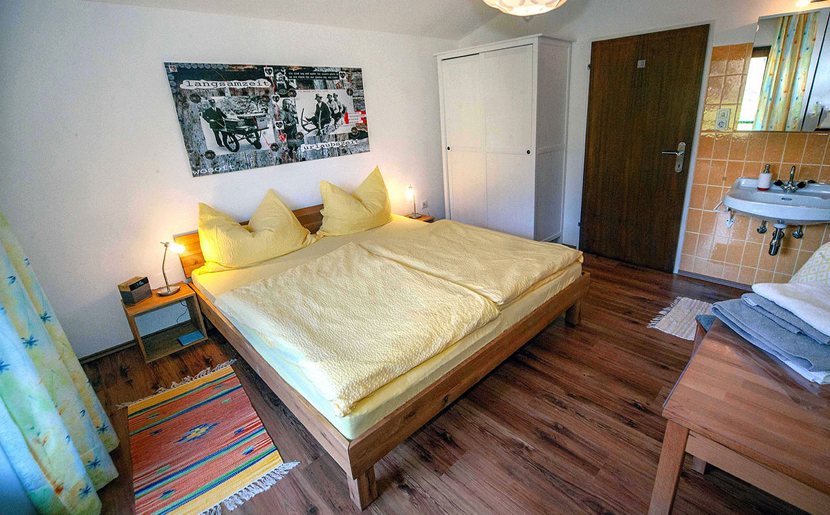 Doppelzimmer-Apartment-2