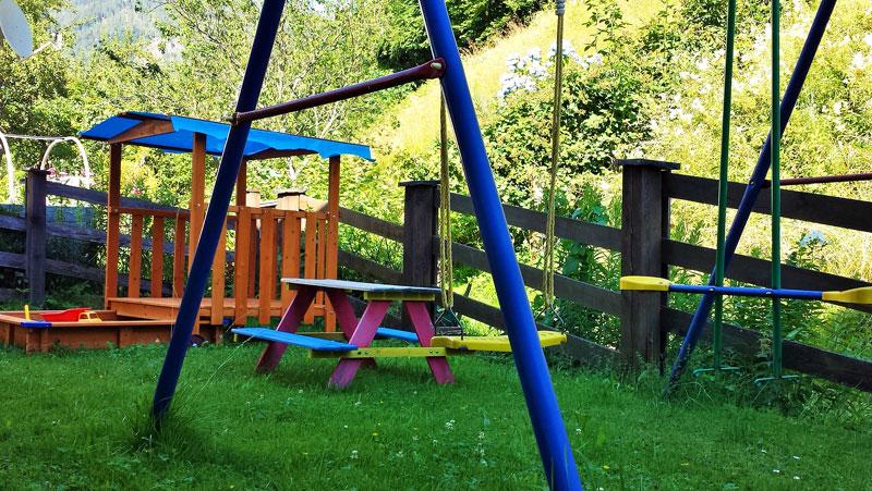 kleiner Kinderspielplatz